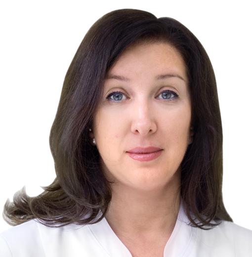 Елена Коржнева: Ведущий эстетист Эстетической клиники ЕМС