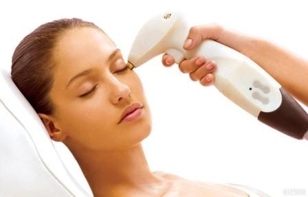 Аппаратное омоложение лица – высокоэффективный способ приостановить старение - фото