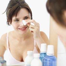Лосьоны могут ухудшить состояние кожи - фото
