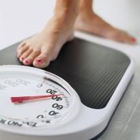 После 30 лет сложнее похудеть - фото