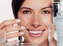 Развенчан миф о пользе воды в борьбе против старения кожи - фото