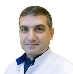 Роберт Айрапетян: Врач-дерматовенеролог, косметолог Эстетической клиники ЕМС в Орловском переулке