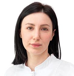 Патимат Микаилова: Врач-дерматовенеролог, косметолог Эстетической клиники ЕМС