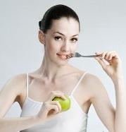 Специалисты назвали самые полезные для кожи продукты - фото