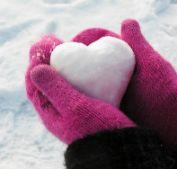 Особенности ухода за руками в зимний период - фото
