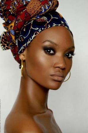 Африканские девушки готовы жертвовать своим здоровьем ради светлой кожи - фото